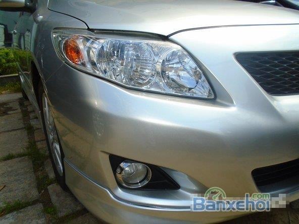 Chiếc Toyota Corolla Altis 2009 2.0G bạc đặc biệt này được bán với giá 645 tr-2