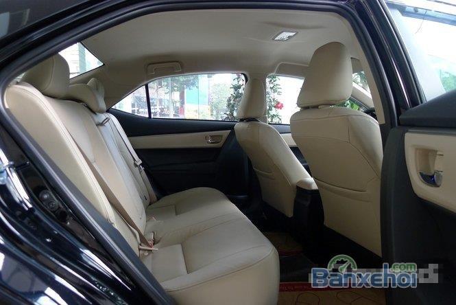 Cần bán xe Toyota Corolla Altis 1.8L AT đời 2015, màu đen, giá chỉ 770 triệu-11