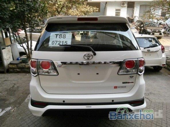 Bán xe Toyota Fortuner 2.7L FVS đời 2015, màu trắng, nhập khẩu chính hãng-10
