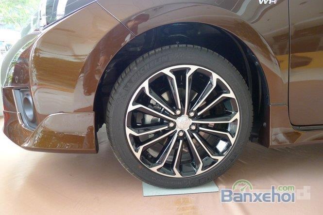 Bán xe Toyota Corolla altis 2.0L, màu nâu-4