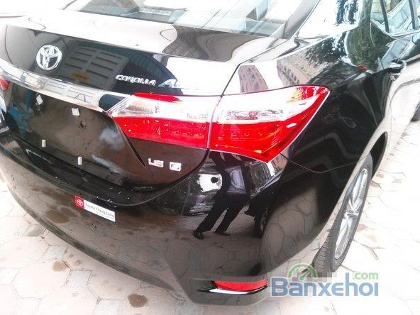 Cần bán xe Toyota Corolla Altis 1.8L AT đời 2015, màu đen, giá chỉ 770 triệu-9