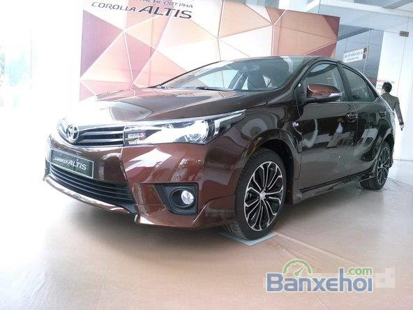 Bán xe Toyota Corolla altis 2.0L, màu nâu-3