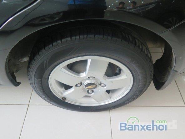 Xe Daewoo Lacetti 2011 cũ màu đen đang được bán-4