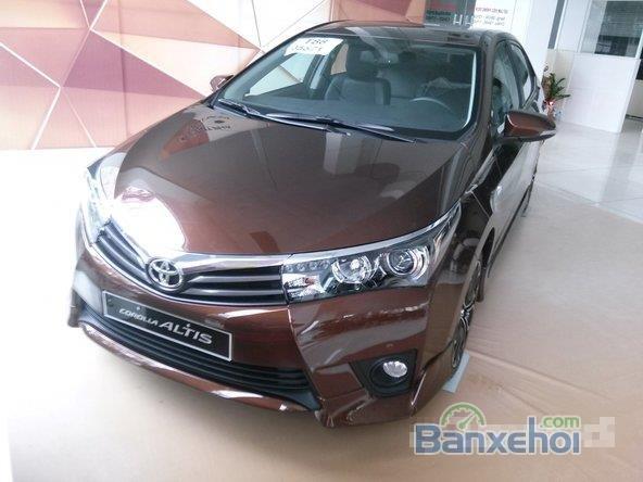 Bán xe Toyota Corolla altis 2.0L, màu nâu-8