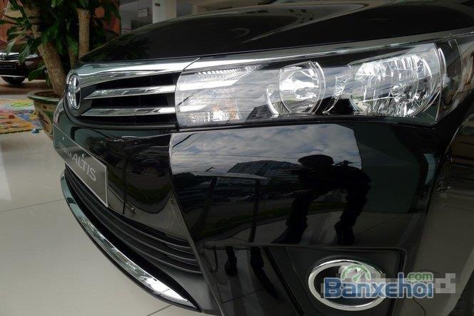 Cần bán xe Toyota Corolla Altis 1.8L AT đời 2015, màu đen, giá chỉ 770 triệu-2