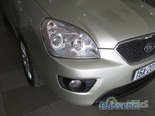 Xe Kia Carens 1.8 2012 cũ màu vàng đang được bán-2