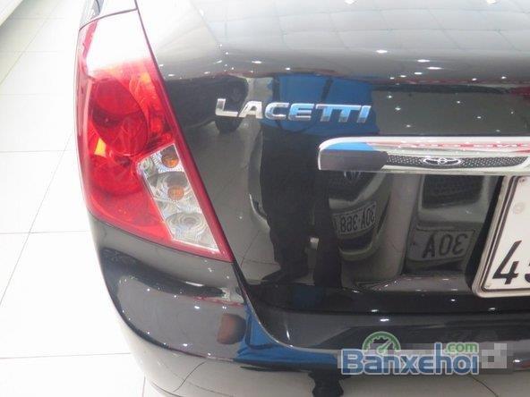 Xe Daewoo Lacetti 2011 cũ màu đen đang được bán-3