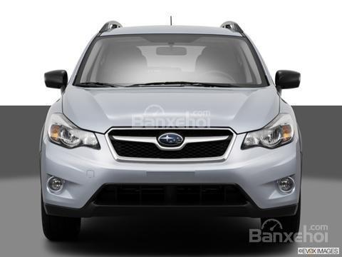 Đánh giá xe Subaru XV Crosstrek 2015: Phía trước xe được trang bị đèn pha tự động