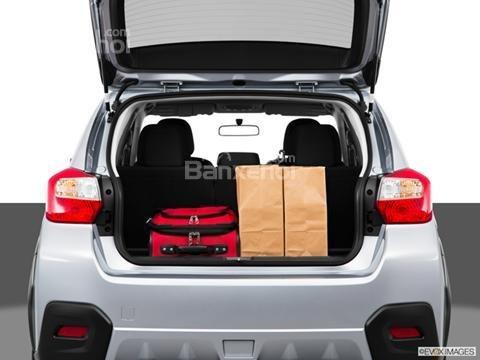 Đánh giá xe Subaru XV Crosstrek 2015: Khoang chứa đồ của xe