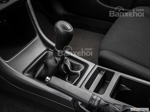 Đánh giá xe Subaru XV Crosstrek 2015: Cần gạt số được bọc da