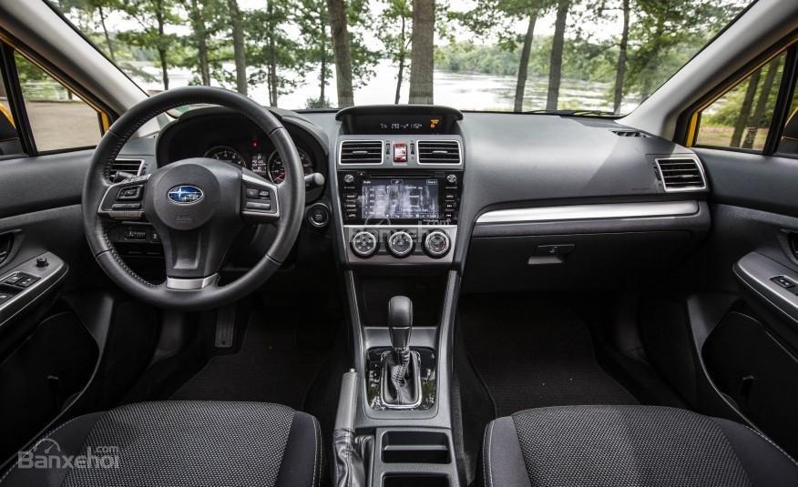 Đánh giá xe Subaru XV Crosstrek 2015: Thiết kế nội thất không cầu kỳ