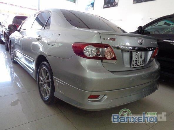 Xe Toyota Corolla Altis 2.0 2013 cũ màu bạc đang được bán-8