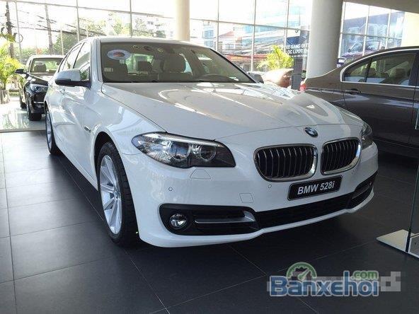 Cần bán xe BMW 528i GT 2.0 AT năm 2015, xe hạng sang -1