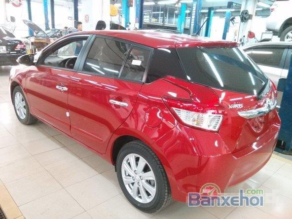 Toyota Yaris 2015, bản E, động cơ 1.3L, số tự động, mầu đỏ, nhập khẩu nguyên chiếc Thailand-4