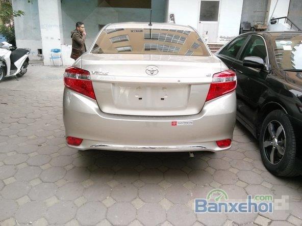 Cần bán xe Toyota Vios E - Mầu nâu vàng, sản xuất 2015 -2