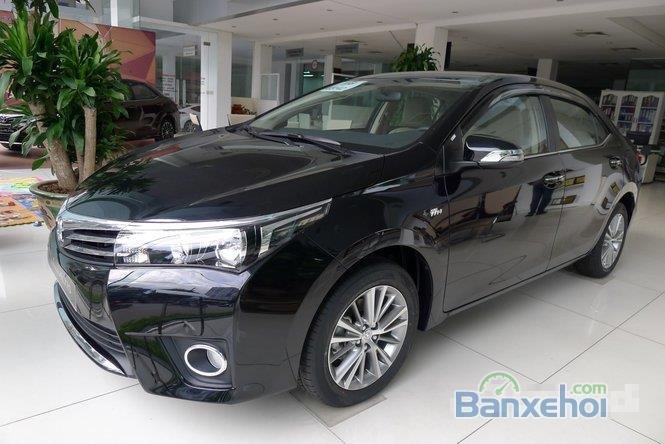 Cần bán xe Toyota Corolla Altis 1.8L AT đời 2015, màu đen, giá chỉ 770 triệu-0