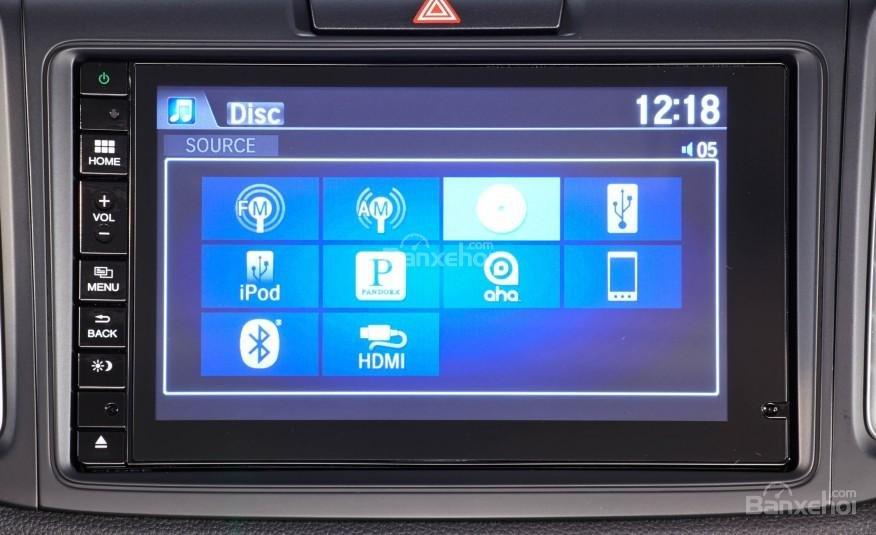 Đánh giá xe Honda CR-V 2016: Các tiện ích tích hợp trên xe