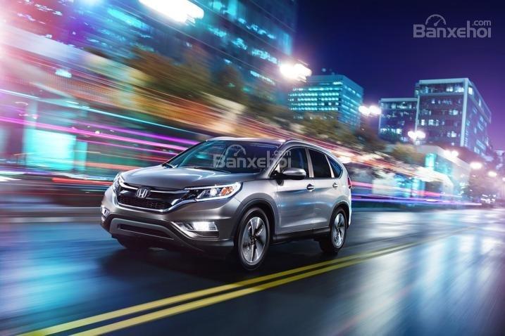 Đánh giá xe Honda CR-V 2016: Phiên bản nâng cấp có khả năng tăng tốc tốt hơn