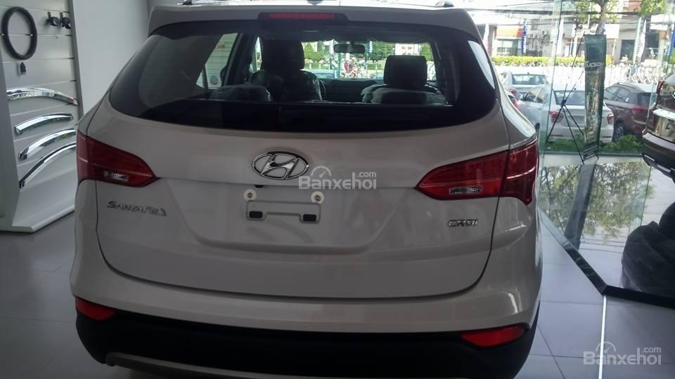 Cần bán xe Hyundai Santa Fe đời 2015, xe đẹp chất lượng -3