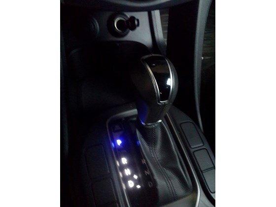 Cần bán lại xe Hyundai Santa Fe sản xuất 2013, màu trắng, xe nhập, xe gia đình-2