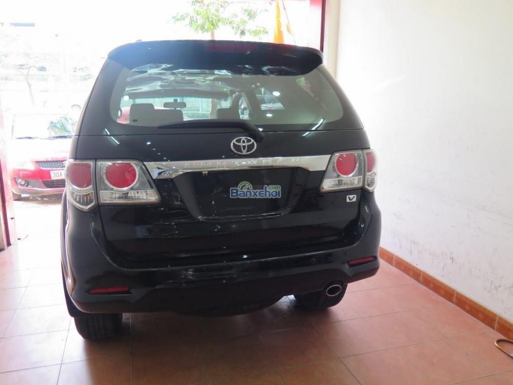 Cần bán lại xe Toyota Fortuner 2.7V 4x2 đời 2013, màu đen -2