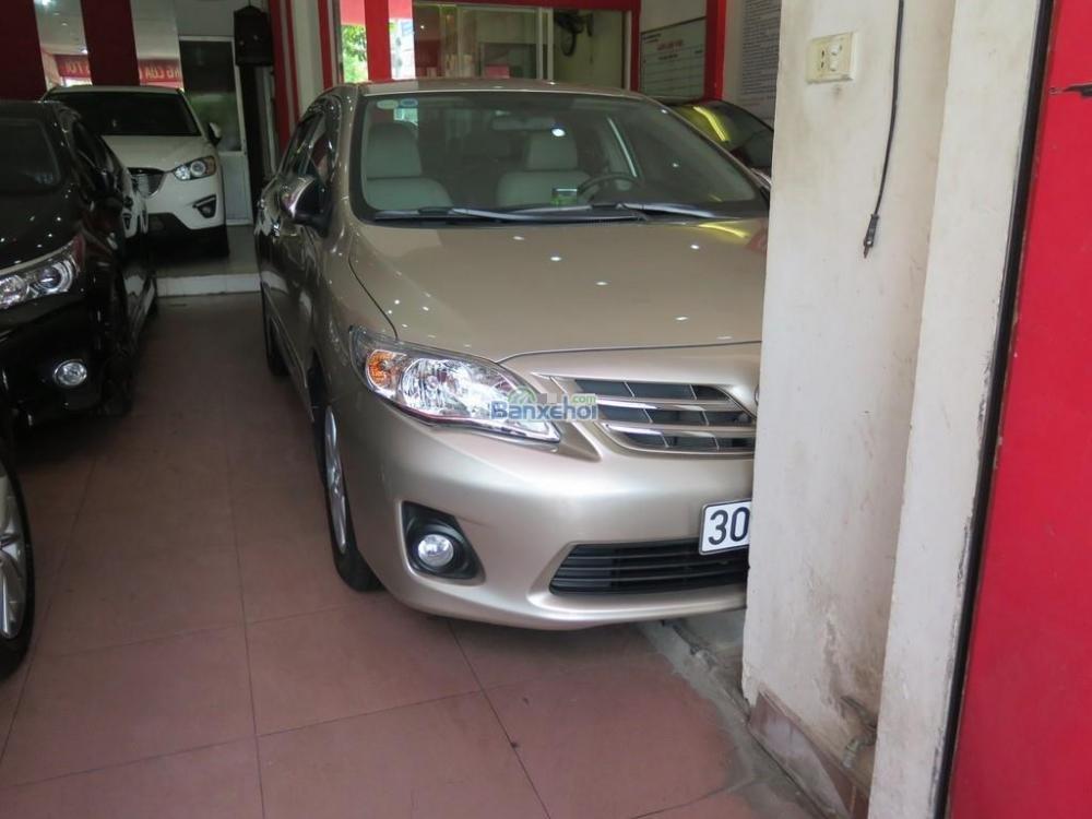 Bán xe Toyota Corolla Altis 1.8 G AT đời 2014, giá chỉ 815 triệu-1