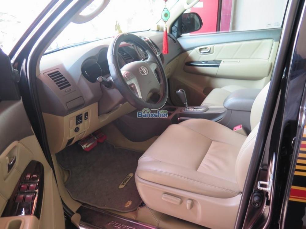 Cần bán lại xe Toyota Fortuner 2.7V 4x2 đời 2013, màu đen -6