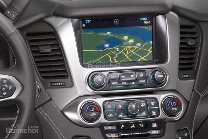 Đánh giá xe Chevrolet Tahoe 2016: Xe được trang bị nhiều tính năng hiện đại