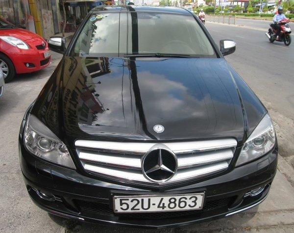 Cần bán lại xe Mercedes 2009, màu đen, xe đẹp -1