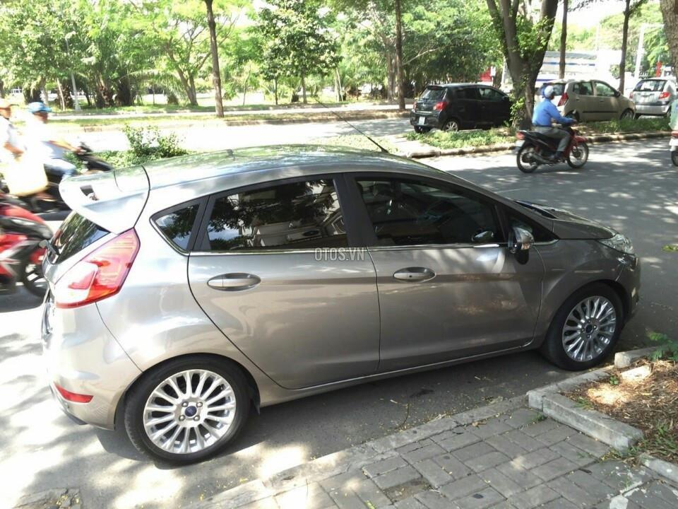 Bán Ford Fiesta AT-Sport-1.5L năm 2014, màu xám-5