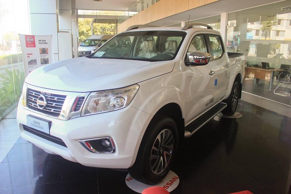Bán ô tô Nissan Navara đời 2015, màu trắng, nhập khẩu nguyên chiếc, giá tốt-0