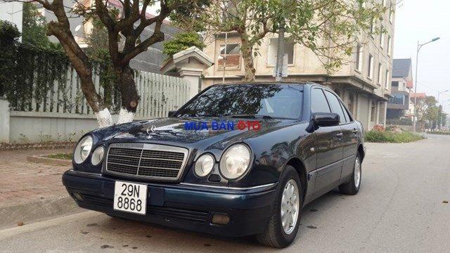 Bán Mercedes E230 1998, màu đen, xe nhập-4