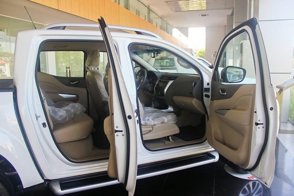 Cần bán xe Nissan Navara VL sản xuất 2015, màu trắng, nhập khẩu-5
