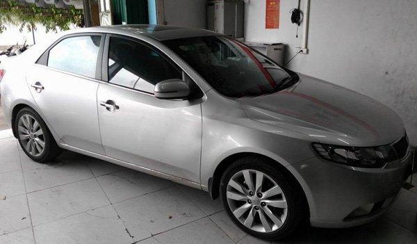 Cần bán gấp Kia Cerato 2011, màu bạc, xe nhập-0