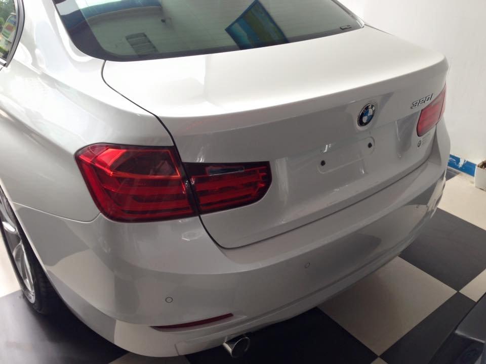 Xe BMW 320i sản xuất 2012, màu trắng, nhập khẩu-5