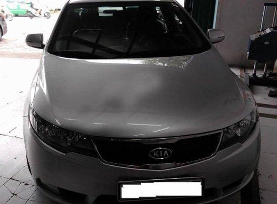 Cần bán gấp Kia Cerato 2011, màu bạc, xe nhập-1
