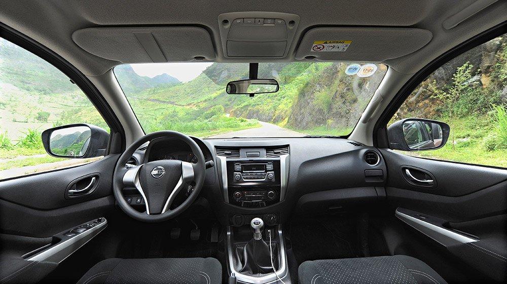 Bán ô tô Nissan Navara đời 2015, màu trắng, nhập khẩu nguyên chiếc, giá tốt-4