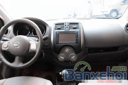 Cần bán lại xe Nissan Sunny 1.5AT đời 2014, màu bạc-9