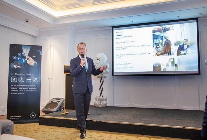 Giám đốc Mercedes-Benz Việt Nam phát biểu về thành công của hãng.
