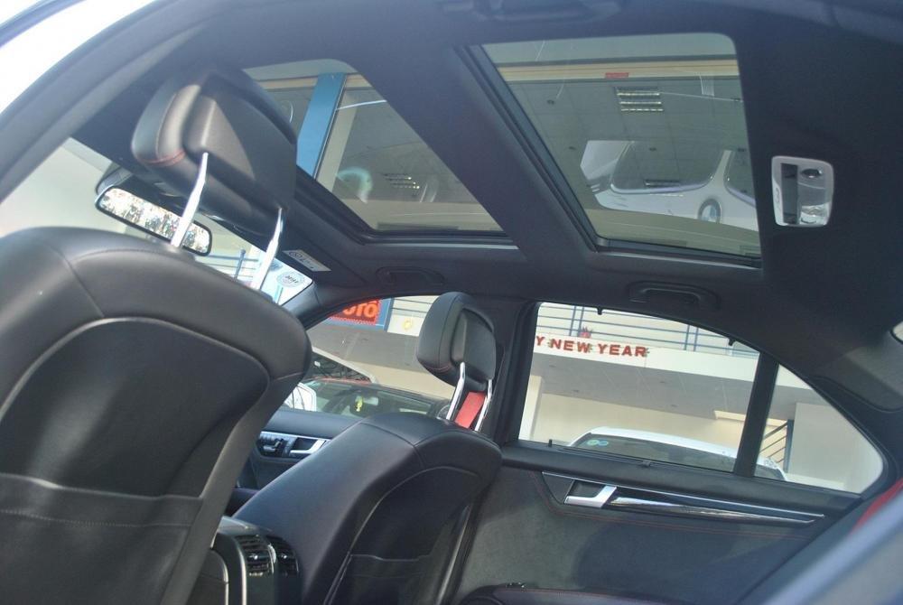 Showroom Hưng Phát Auto cần bán lại xe Mercedes đời 2014, màu trắng, xe nhập-7