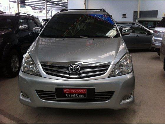 Xe Toyota Innova V 2010, màu bạc, nhập khẩu nguyên chiếc, số tự động, giá 635tr-6