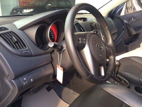 Cần bán lại xe Kia Forte 2010, màu đen, nhập khẩu Hàn Quốc, còn mới, giá 505tr-7