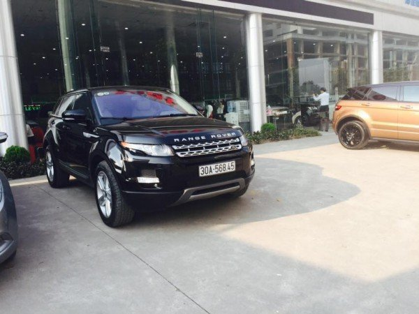 Cần bán gấp LandRover Range rover Evoque đời 2013, màu đen, xe nhập, như mới-2