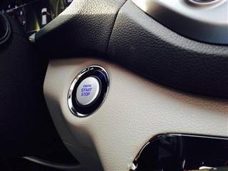 Cần bán gấp Hyundai Tucson đời 2015, màu trắng, xe nhập-8