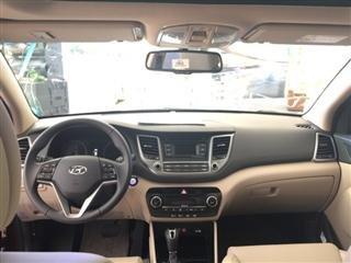 Cần bán gấp Hyundai Tucson đời 2015, màu trắng, xe nhập-9