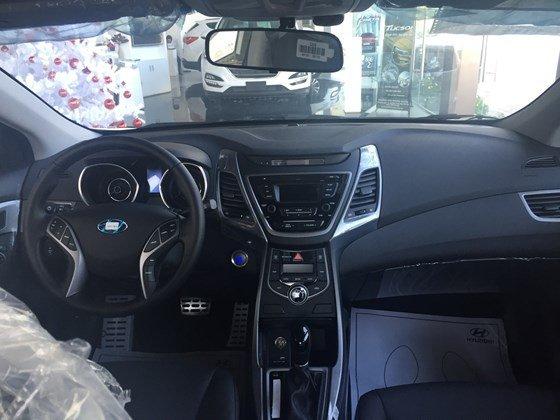 Bán Hyundai Elantra 1.8AT, nhiều ưu đãi hấp dẫn dịp cuối năm-4