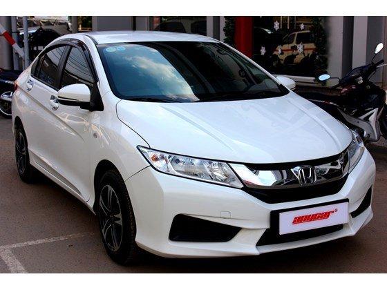 Cần bán lại xe Honda City đời 2015, màu trắng, xe nhập, số sàn, 555 triệu-0