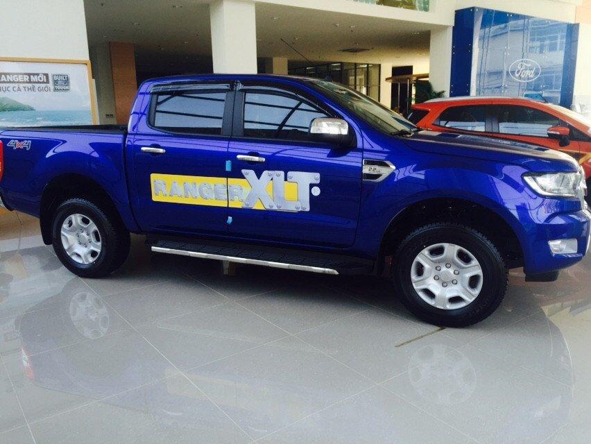 Cần bán xe Ford Ranger đời 2015, nhập khẩu nguyên chiếc-2