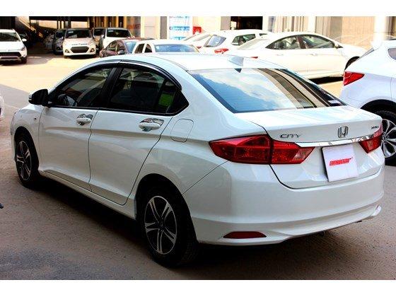 Cần bán lại xe Honda City đời 2015, màu trắng, xe nhập, số sàn, 555 triệu-3