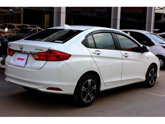 Cần bán lại xe Honda City đời 2015, màu trắng, xe nhập, số sàn, 555 triệu-4